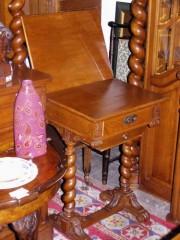 Masuta de colectie stil Ludovic XV #66